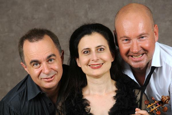 Das Emanuel-Trio. Foto: Dorothee Falke