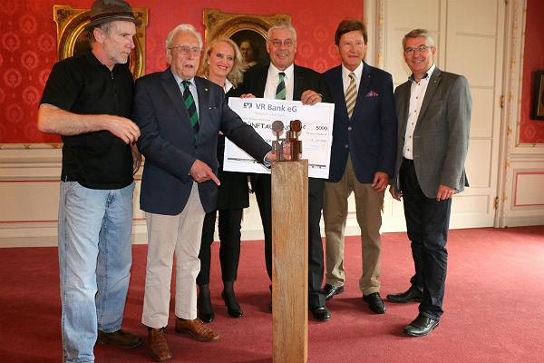 Helmut Brands, Franz Heinrich Krey, Petra Hemming, Helmut Raßfeld, Winfried Holetzek, Lutz Urbach. Fotos: Fritz Bolte