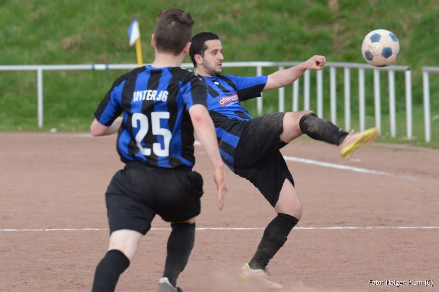 Inter 96 spielt in Hand gegen Asbachtal