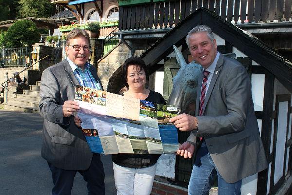 Martin Westermann, Gabriele Malek (Tourismus- und Wirtschaftsförderung Stadt Bergisch Gladbach) Robert Lennertz (Bürgermeister Odenthal)