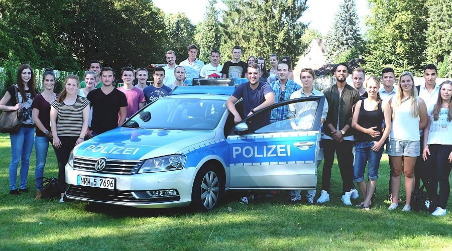 Die neuen Anwärter für die Polizeiausbildung aus dem Rheinisch-Bergischen Kreis