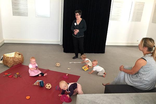 Sabine Mueller und Kinder