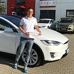 Woydowski testet Tesla-Reichweite auf Europa-Tour