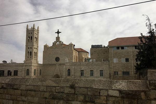 Verkündigungskirche des einzigen Priesterseminar im Nahen Osten