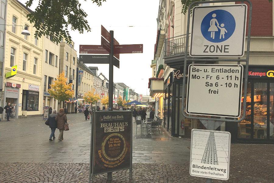 Die Fußgängerzone in der Innenstadt von Bergisch Gladbach