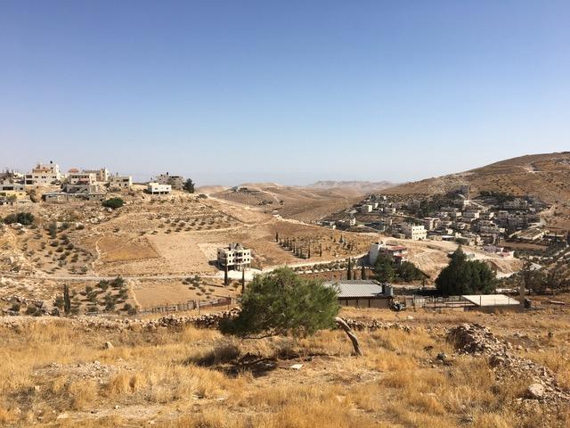 Blick von al-Ubaidiyeh nach Jordanien