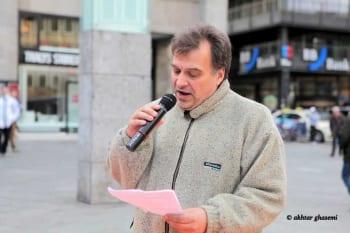 Tomás M. Santillán aus Bergisch Gladbach als Redner zum Welttag gegen die Todesstrafe (8.10.2016)