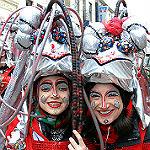 111 Gruppen bilden den Karnevalszug in Gladbach