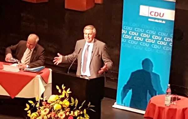 Strobl gratuliert Laschet zu Bosbach-Berufung in Regierungskommission