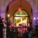 Inklusionsbeirat gestaltet Adventsfenster am Rathaus