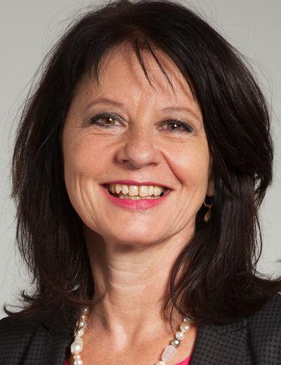 Anita Rick-Blunck tritt für die FDP bei der Landtagswahl in RheinBerg an