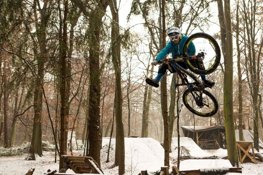 Dirt Styler im Nussbaumer Wald. Foto: Sascha Bamberg