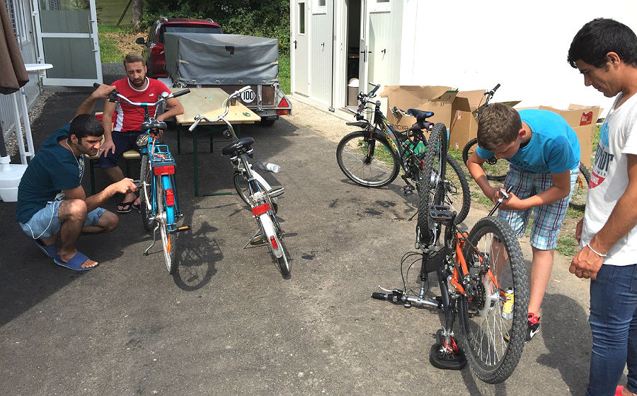 Hilfe zur Selbsthilfe ist die Leitlinie der Fahrradwerkstatt der Flüchtlingsinitiative Paffrath / Hand in Bergisch Gladbach