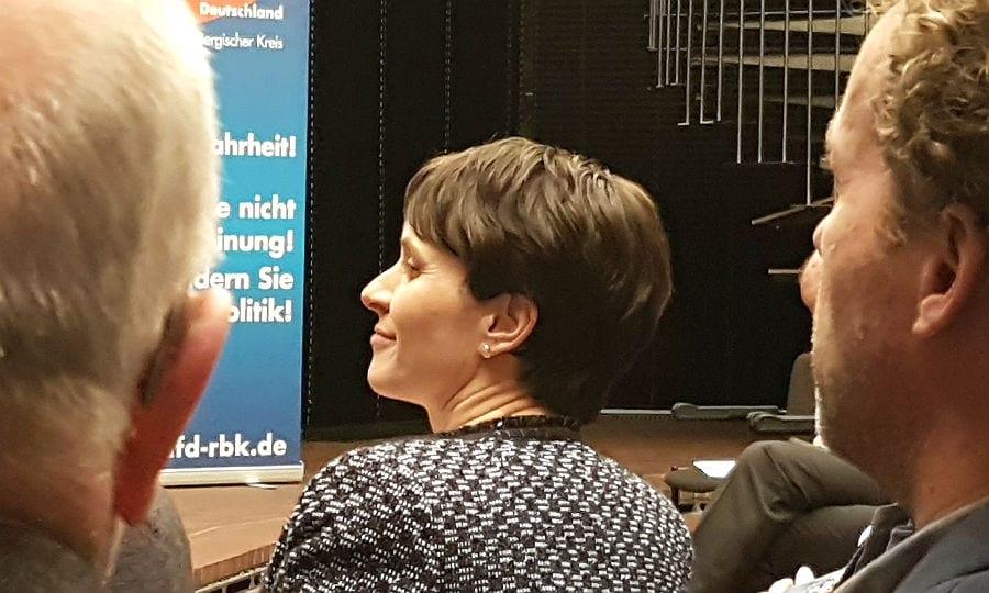 """Frauke Petry beim """"populistischen Aschermittwoch"""" der AfD in Bergisch Gladbach 2017"""