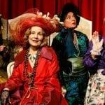 """TheaterWeltenErschaffen spielt """"Die Irre(n) von Chaillot"""""""
