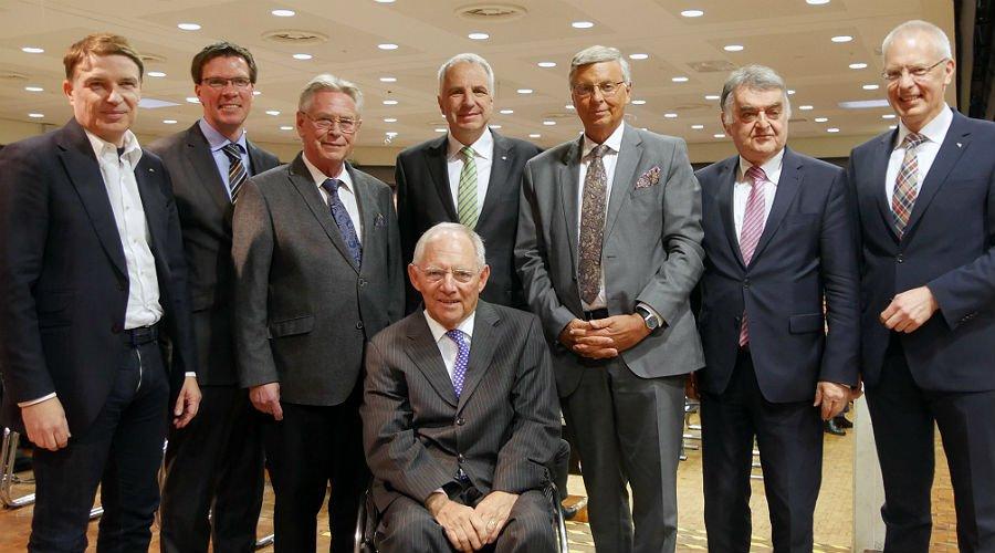 Vertreter der Kreis-CDU mit Bundesfinanzminister Wolfgang Schäuble