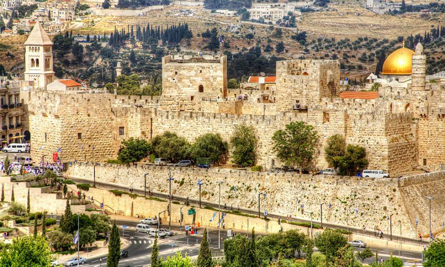 Jerusalems Stadtmauer mit dem David-Turm