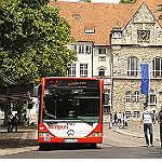 Busse fahren wieder die Haltestelle Markt an