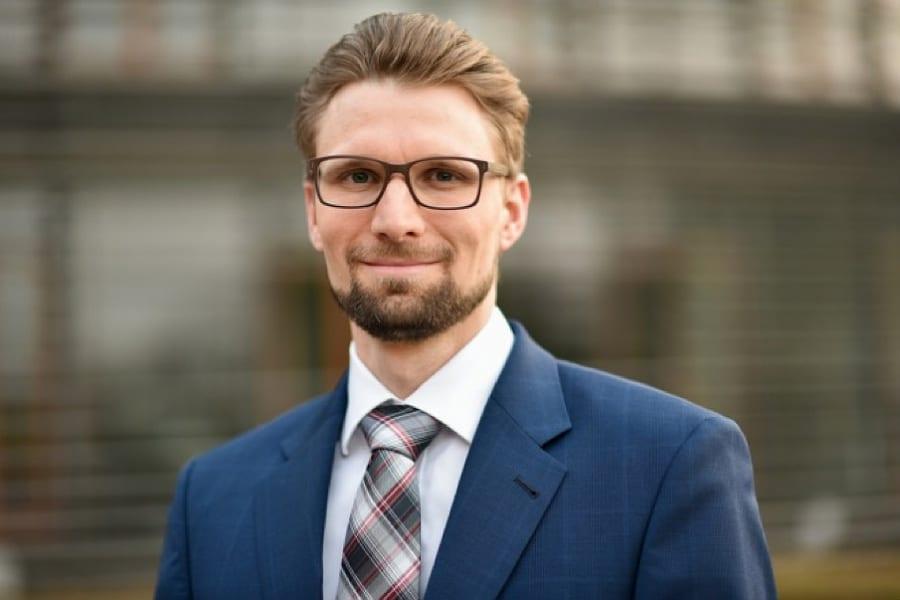 Philipp Wehrend tritt für die FDP bei der Landratswahl im Rheinisch-Bergischen Kreis an