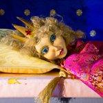 Theas bietet im Juli ein Märchen und Science Fiction