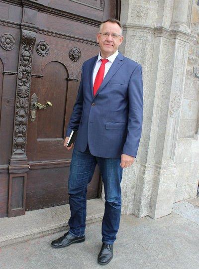 Michael Möller leitet den Fachbereich 1 der Stadtverwaltung Bergisch Gladbach