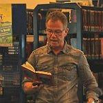 Fabian Lenk trifft in Stadtbücherei auf wissbegierige Leser