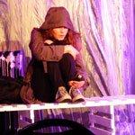 Im Schatten: Theas zeigt Alltag von Straßenkindern