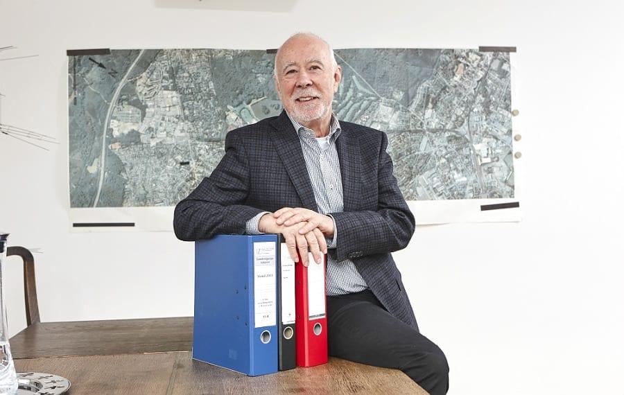 Heinz P. Hinterecker, Immobilienmakler und Projektentwickler in Bergisch Gladbach-Bensberg. Foto: Ulrich Kaifer