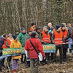 Initiative markiert geplanten Eingriff im Neuborner Busch