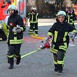 Bergisch Gladbach gewinnt 38 neue Feuerwehrleute