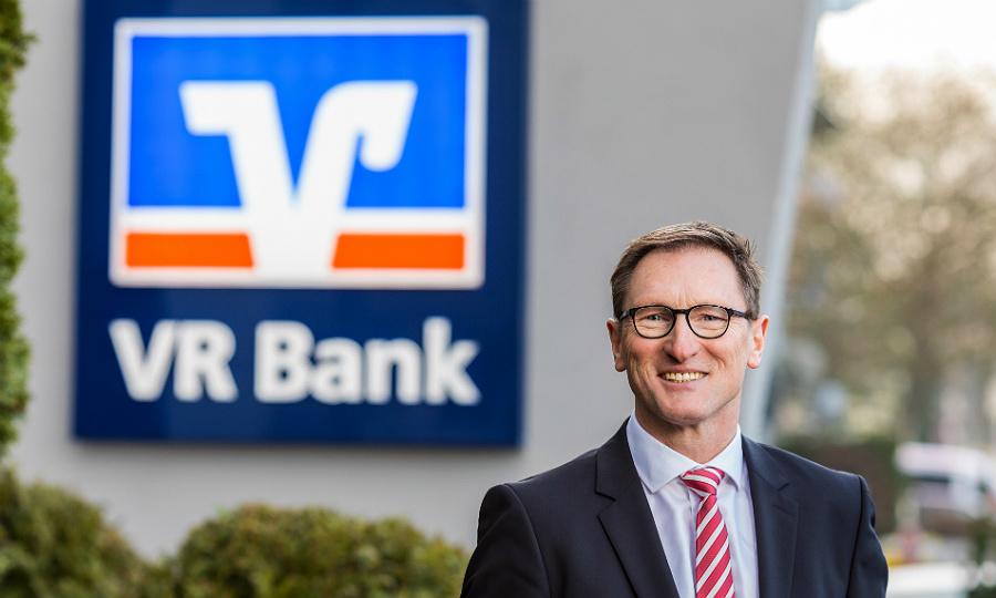 Lothar Uedelhoven, Vorstandsvorsitzender der VR Bank Bergisch Gladbach-Leverkusen