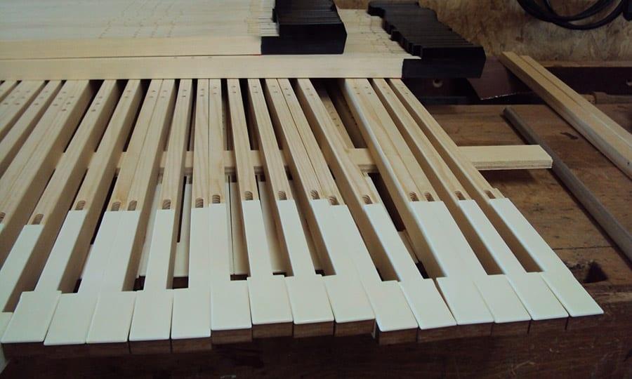 Auf diesen Tasten wird der Organist Andreas Dewey ab Sommer 2019 spielen können.