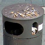Unangenehm anders: Mülleimer