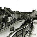 """Kalender zeigt Bilder """"vum ahle Bänsberg"""""""