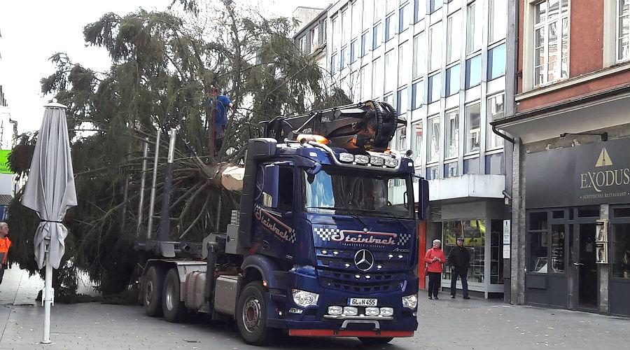 Weihnachtsbaum Service.Weihnachtsbaum Kurze Anreise Mit Schwierigkeiten