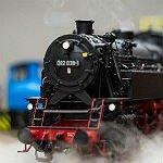Paradies für Eisenbahn-Liebhaber unter Dampf und Strom
