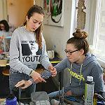 DBG-Schüler: Mit 100 kg Beton in die Villa Zanders