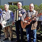 Rentner-Band aktiviert deutsche Volkslieder
