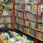 Öffentliche Schulbibliothek Paffrath ist wieder offen