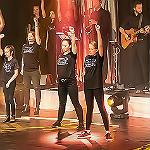 Die Theisens verbinden Broadway und Jugendarbeit