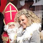 Motorrad-Nikolaus beschenkte Kinder beim Hüttenzauber