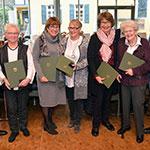 Sechs Ehrennadeln für sechs engagierte Frauen