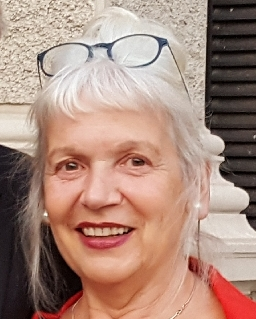 Anna-Ellen Laruschkat